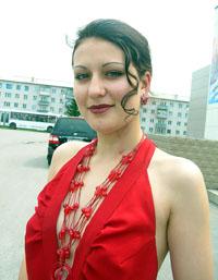 Выпускница школы №14 Анастасия Клещ